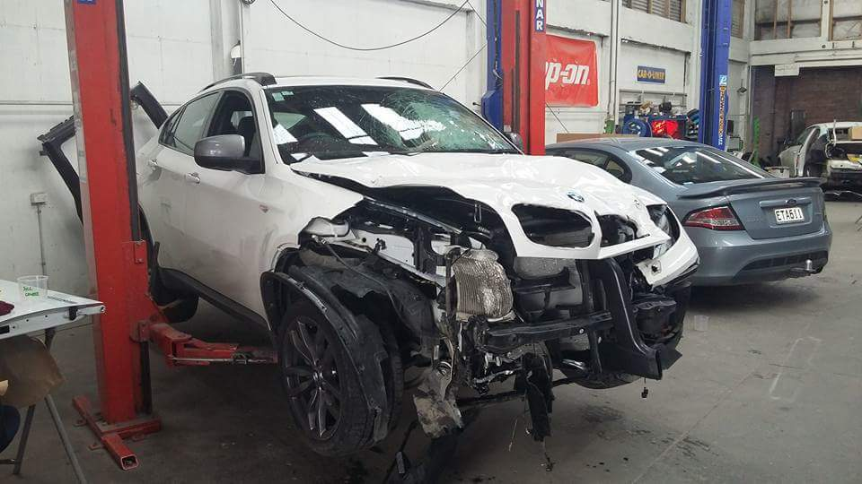 BMW smash repairs Christchurch -Andrews and Gilmore